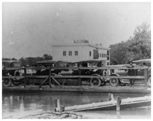 [Ferry crossing Sabine River], Photograph, n.d.; digital image, (http://texashistory.unt.edu/ark:/67531/metapth37027/ : accessed June 03, 2014), University of North Texas Libraries, The Portal to Texas History, http://texashistory.unt.edu; crediting Heritage House Museum, Orange, Texas.