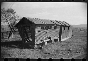 Corn Crib  (public domain)
