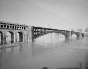 Eads Bridge Provided by the Robinson Library
