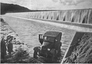 Gillespie Dam Apron April 1922 Motor West